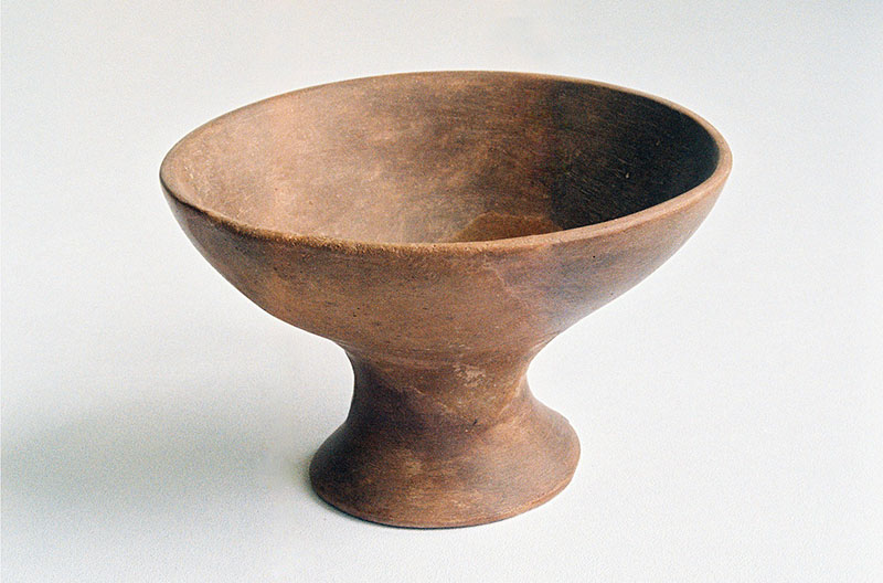 Керамички пехар од рано бронзено време најден на Кокино